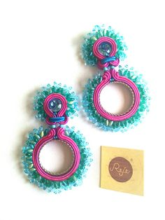 Soutache earrings, soutache jewelry, turquoise teal fucsia Green, handmade in Italy Earrings Handmade, Handmade Jewelry, Soutache Necklace, Bracelet Crafts, Jewelry Making Tutorials, Turquoise Earrings, Jewelry Branding, Beaded Embroidery, Diy Jewelry