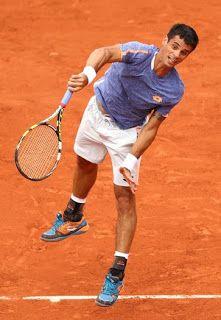 Blog Esportivo do Suíço: Rogerinho surpreende, dá trabalho a Simon, mas cai na estreia em R.Garros