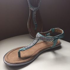 Teal sandals Size 8 1/2 sandals, w sparkly detail, never been worn. Does not come in original box. White Mountain Shoes Sandals