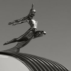 1935 Pontiac Indian Maiden Hood Ornament / Mascot