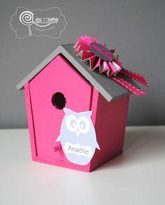 Nichoir en bois rose et gris thème hibou - Décor de table personnalisé : Cadeau de remerciement par lollipop-tablesgourmandes