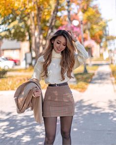 Cute Skirt Outfits, Cute Fall Outfits, Winter Fashion Outfits, Girly Outfits, Look Fashion, Spring Outfits, Chic Outfits, Classy Fashion, Dressy Winter Outfits
