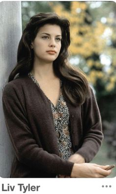 Liv Tyler young (m. Pretty People, Beautiful People, Beautiful Women, Beautiful Gowns, Beautiful Celebrities, Beautiful Actresses, Liv Tyler 90s, Liv Tyler Hair, Tyler Young