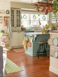 Farmhouse Sink Kitchen, Kitchen Redo, Home Decor Kitchen, Kitchen Styling, Kitchen Interior, Home Kitchens, Cottage Style Kitchens, Design Kitchen, Interior Modern