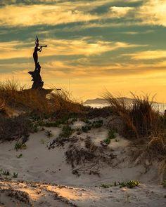 Golden cast over Marina Park . Ventura California, Ventura County, Ocean Photography, Scenery, It Cast, Earth, Mountains, Landscape, Instagram Posts
