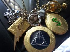 Awesome Charm Bracelet. I want this:)