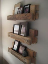 reclaimed pallet wood photo shelf
