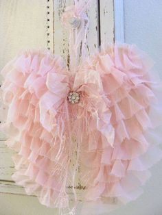 Pink Fabric Angel Wings Angel Wings Wall Decor Shabby Tattered Cottage Chic Home…DIY pink fabric angel wings crafts for a baby girl nursery roomwire and lace angel wings tutorialHey, I found this really awesome Etsy listing at… Shabby Chic Angel Wings, Diy Angel Wings, Angel Wings Wall Decor, Diy Wings, Pink Christmas, Christmas Angels, Christmas Crafts, Couleur Rose Pastel, Diy Angels
