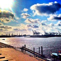 Ausblick vom Dockland Hamburg