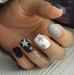 and makeup salon design hansen magical nail makeup hansen chrome nail makeup nail art nailart nail designs and nail makeup nail makeup brush nail designs airbrush makeup Fancy Nails, Love Nails, How To Do Nails, My Nails, Gorgeous Nails, Pretty Nails, Star Nails, Nagel Gel, Winter Nails
