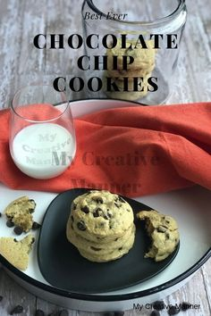 The best homemade chocolate chip cookie recipe is right here. A soft cookie that is loaded with chocolate chips. Best Homemade Chocolate Chip Cookie Recipe, Chocolate Chip Recipes, Easy Cookie Recipes, Brownie Recipes, Chocolate Chips, Simple Recipes, Quick Recipes, Yummy Recipes, Peanut Butter Chip Cookies