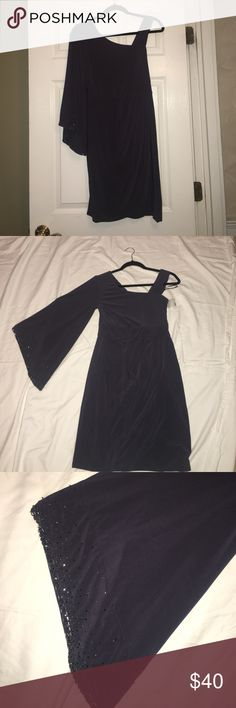 Dress The perfect guest of dress! One shoulder stretch jersey w shoulder strap! decode 1.8 Dresses
