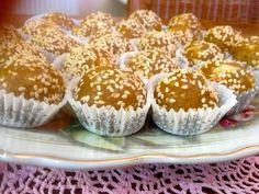 Νηστίσιμο , γλυκό κέρασμα ! Deserts, Muffin, Vegan, Baking, Breakfast, Food, Morning Coffee, Desserts, Bakken
