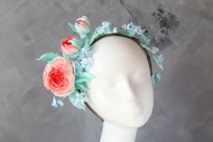 Bridal flower crown. Bridesmade headpiece with fabricflowers.