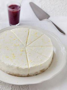 fromage frais, beurre, jus de citron, cannelle, gélatine en poudre, yaourt nature, sucre, biscuit