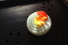 上生菓子【冬紅葉】 - 大和市 福田 桜の名所 千本桜 和菓子 みどりや