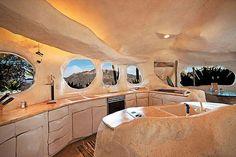 Luxusný dom ako z Flinstonovcov