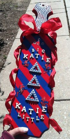 Delta Delta Delta paddle. Love the ribbons going down the sides! I would just like different colors