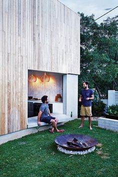 Taringa Pavilion by Nielsen Workshop and Morgan Jenkins Architecture Outdoor Rooms, Indoor Outdoor, Outdoor Living, Outdoor Decor, Porches, Outside Seating, Villa, Beach Shack, Outside Living