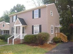 4023 Maple Street, Fairfax, Virginia. 5 bedrooms, 3 baths, 2003 sq ft., .210009 lot size.  Spencer Marker & co.  www.seln4u.com