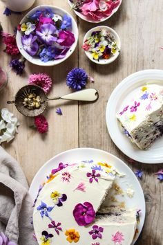 ... flowerfetti cake with a natural funfetti sponge ...
