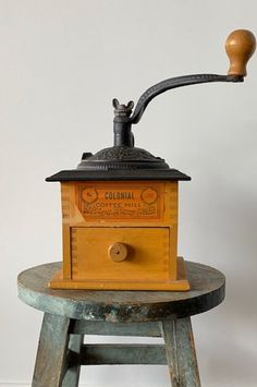 Vintage Coffee Grinder Mill Wrightsville Hardware No. 1707 Antique Wood Metal Farmhouse Cottage Kitchen Decor by CuppaJoeAntiques on Etsy Great Coffee, Hot Coffee, Coffee Drinks, Coffee Shop, Coffee Cups, Coffee Maker, Antique Coffee Grinder, Coffee Grinders, Cottage Kitchen Decor