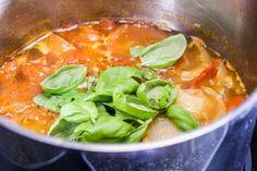 Roasted Tomato Soup  @SwissPaleo - freaking awesome! http://swisspaleo.ch/roasted-tomato-soup/