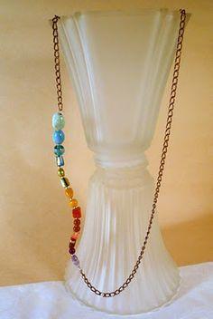 "Use random beads to make this ""rainbow snakelace"" #tutorial"
