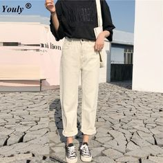 Pants – Page 20 – omnia cloth Korean Girl Fashion, Ulzzang Fashion, Simple Outfits, Outfits For Teens, Korean Jeans, White Jeans Outfit, Preppy Casual, Pants For Women, Clothes For Women