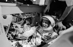 in Gemini 5 astronauts Pete Conrad and Gordon Cooper are in high spirits before heading to Apollo Space Program, Nasa Space Program, Astronauts In Space, Nasa Astronauts, Nasa Space Pictures, Space Pics, Pete Conrad, Gordon Cooper, Project Gemini