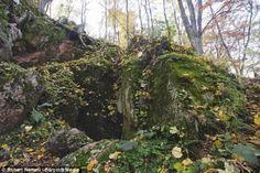 Pouco explorada e quase desconhecida da comunidade, a gruta Marcilyuka é a prova de que ainda há sítios invisíveis no Planeta Terra. E até na Europa.