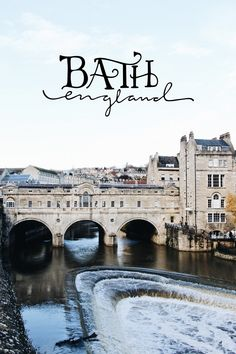 Bath had been on our list pretty much since we moved to London, but a visit had alluded us until we decided enough had been enough! The train ride from Paddington Station couldn't have been easier and we were immediately greeted with an explosion of Georgian architecture in the golden color of the l