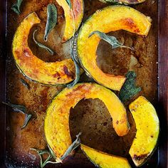 Make these delicious and healthy acorn squash recipes that are easy to make and satisfying.