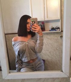 ((ଘ(Seldsum)ଓ)) selfie poses, cute poses, aesthetic photo, baddie hairstyle Teen Fashion Outfits, Swag Outfits, Mode Outfits, Outfits For Teens, Trendy Outfits, Fall Outfits, Foto Casual, Baddie Hairstyles, Short Bob Hairstyles
