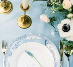 Wedding Table Decorations Ideas // Pantone Colors of the Year Rose Quartz + Serenity Serenity Color, Rose Quartz Serenity, Pantone 2016, Pantone Color, Dusty Blue Weddings, Turquoise Weddings, Wedding Decorations, Table Decorations, Wedding Table Settings