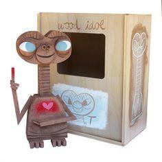 E.T. wood idol-Amanda Visell
