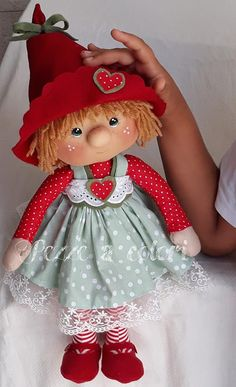 1 million+ Stunning Free Images to Use Anywhere Christmas Elf Doll, Christmas Sewing, Christmas Crafts, Doll Crafts, Diy Doll, Homemade Dolls, Fabric Toys, Sewing Dolls, Waldorf Dolls