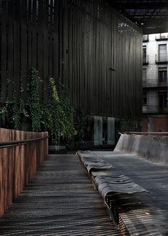 Espacio Público Teatro La Lira / RCR Arquitectes Cortesía de RCR Arquitectes