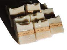 Este jabón está indicado para pieles secas, dañadas y con estrías, aunquetambién esadecuado para todo tipo de pieles. La manteca de karité tiene un alto