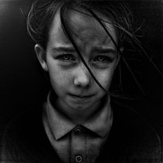 Lee Jeffries worked as a sports photographer before having a chance encounter one day with a young homeless girl on a London street. After stealthily photographing the girl huddled in her sleeping bag, Jeffries decided to approach and talk with her rather than disappear with the photograph. That day changed his perception about the homeless...