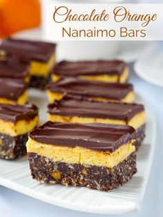Chocolate Orange Nanaimo Bars - a new recipe with a twist on the classic Canadian treat. The sweet frosting center gets infused with tangy orange flavor. Cookie Desserts, No Bake Desserts, Cookie Recipes, Dessert Recipes, Yummy Treats, Sweet Treats, Delicious Desserts, Rock Recipes, Citrus Recipes