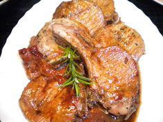 Salsa Pork Chops - Recipes and food, cooking from anywhere in the world Peruvian Cuisine, Peruvian Recipes, Mexican Food Recipes, Dinner Recipes, Ethnic Recipes, Picanha Grill, Meat Steak, Colombian Food, Sandwiches