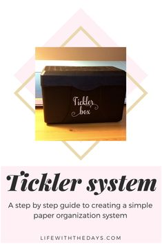 How to set up a tickler file system (and why you should do it) - Life With The Days Paper Organization, Life Organization, The Tickler, Clutter Free Home, Paper Clutter, Filing System, Index Cards, Best Blogs, Beautiful Life