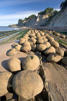 Bowling Ball Beach, Point Arena, Mendocino, California by Jeff Sullivan