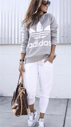 Mar 2020 - 20 more sporty casual clothing style sportlic Sporty Outfits Casual Clothing sportlic Sporty Style Mode Outfits, Fall Outfits, Casual Outfits, Fashion Outfits, Womens Fashion, White Outfits, Sporty Chic Outfits, Hiking Outfits, Summer Outfits