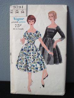 Vogue 9794 - Ladies Dinner Dress 1950
