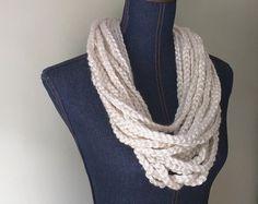 Cadena collar de la bufanda / la longitud media / crema bufanda / bufanda del ganchillo / trenzado bufanda