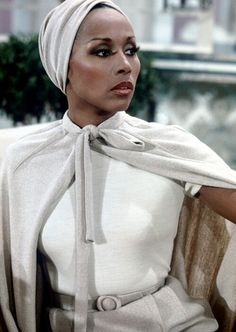 """Reveals One in 12 Products Marketed To Black Women Are Highly Toxic Diahann Carroll as Dominique Deveraux in the classic T. show """"Dynasty.""""Diahann Carroll as Dominique Deveraux in the classic T. show """"Dynasty. Museum Outfit, Katharine Hepburn, Audrey Hepburn, Dianne Carroll, Black Girl Magic, Black Girls, Black Women Style, Black Style, Dominique Deveraux"""