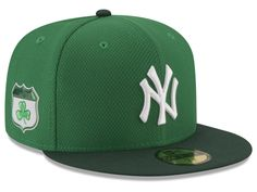 679b998548 New York Yankees New Era 2017 MLB On-Field St. Patrick s Day 59FIFTY Cap