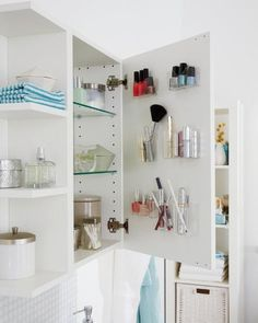 Pojemniczki na przechowywanie w łazience